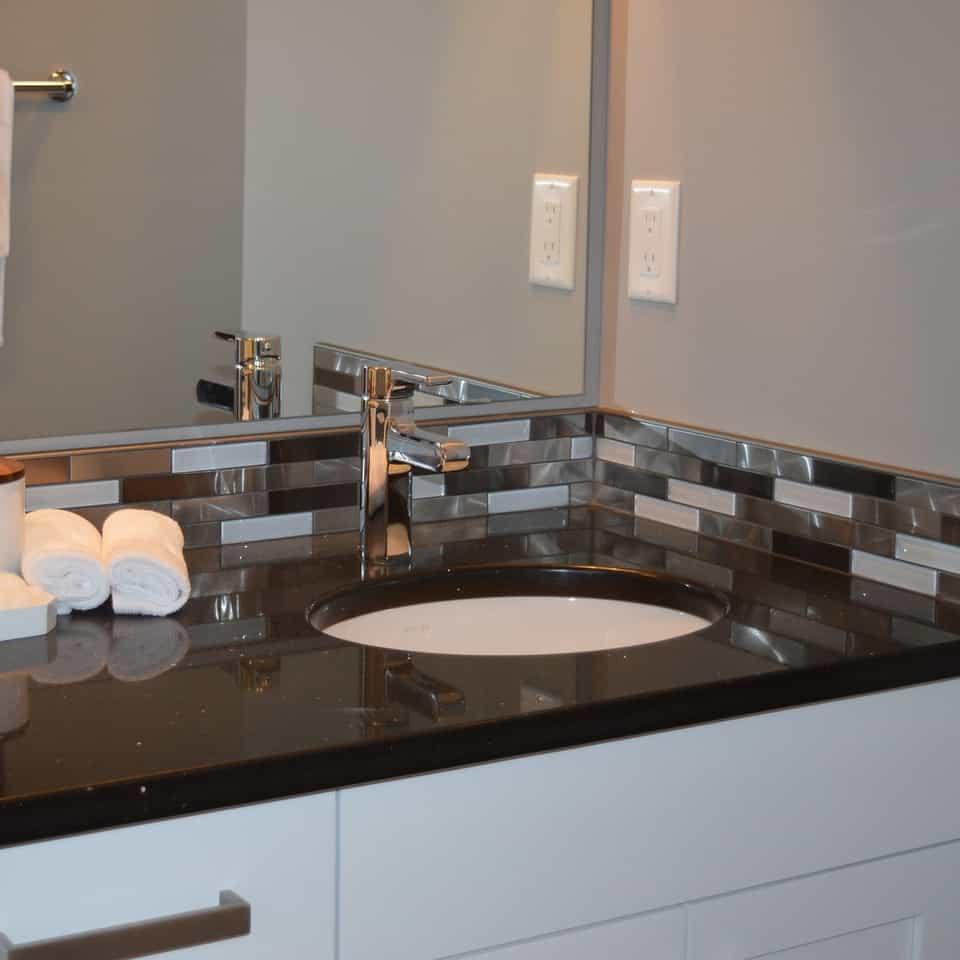 Hotel Bathroom Resurfacing